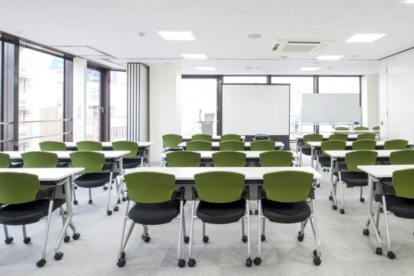 会議室Aと会議室Bを繋げて後ろから