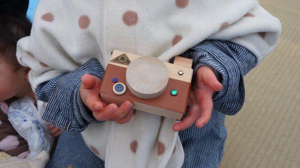 ワークショップで作ったカメラのおもちゃ